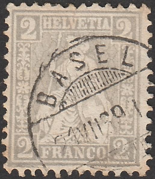 Sitzende Helvetia Zumste10