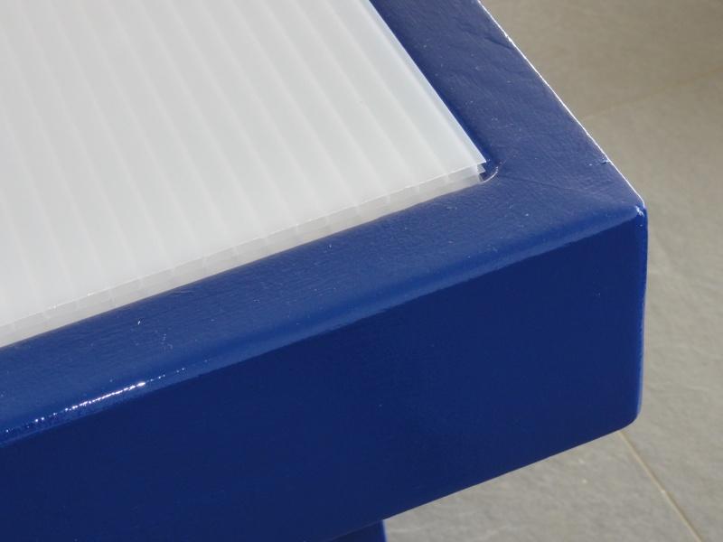[TERMINE] Fabrication table en bois peint - polycarbonate pour terrasse - Page 2 Dsc00629