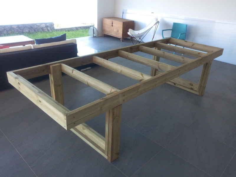 [TERMINE] Fabrication table en bois peint - polycarbonate pour terrasse Img_2010