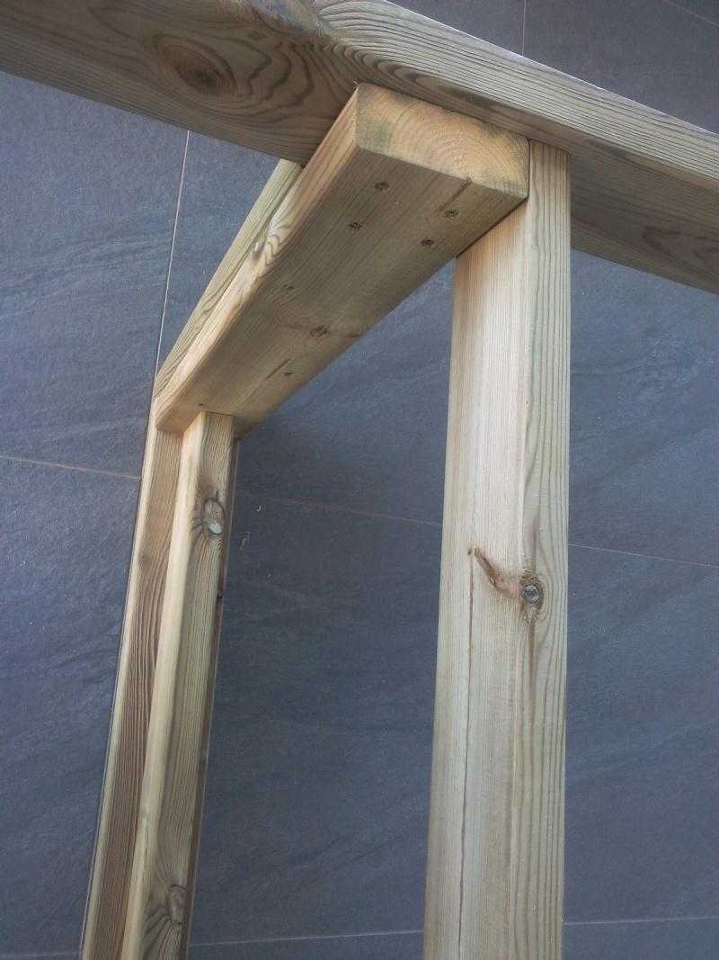 [TERMINE] Fabrication table en bois peint - polycarbonate pour terrasse Img_2015