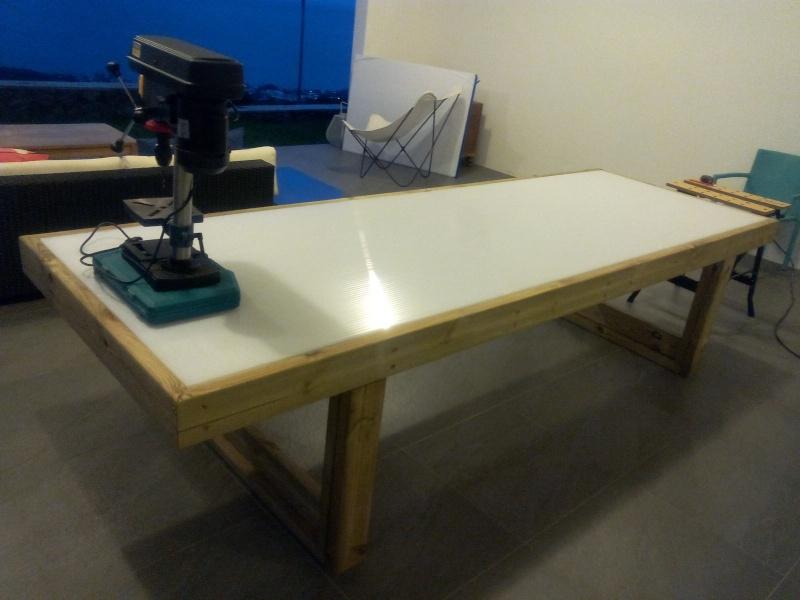 [TERMINE] Fabrication table en bois peint - polycarbonate pour terrasse Img_2019