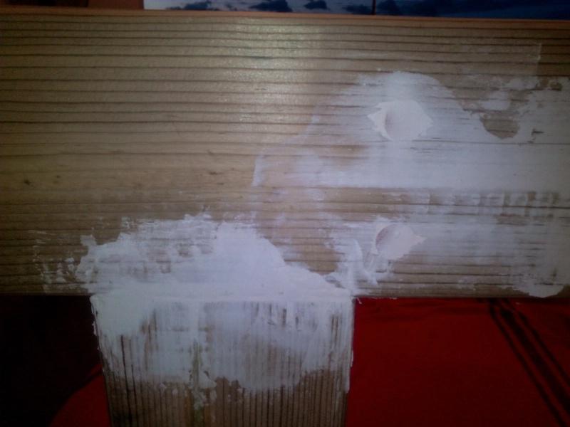 [TERMINE] Fabrication table en bois peint - polycarbonate pour terrasse Img_2027