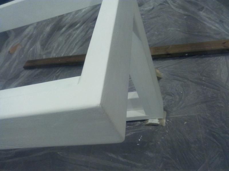 [TERMINE] Fabrication table en bois peint - polycarbonate pour terrasse Img_2047