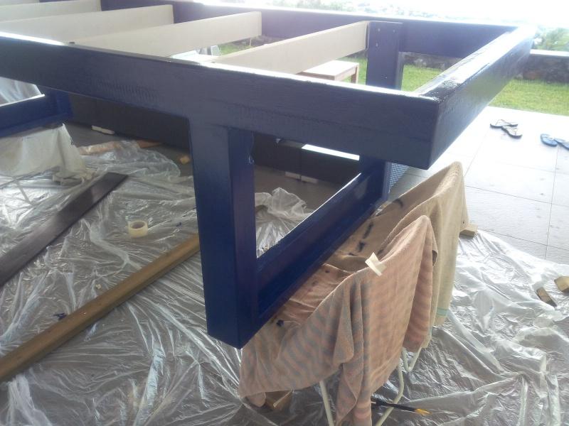 [TERMINE] Fabrication table en bois peint - polycarbonate pour terrasse Img_2059