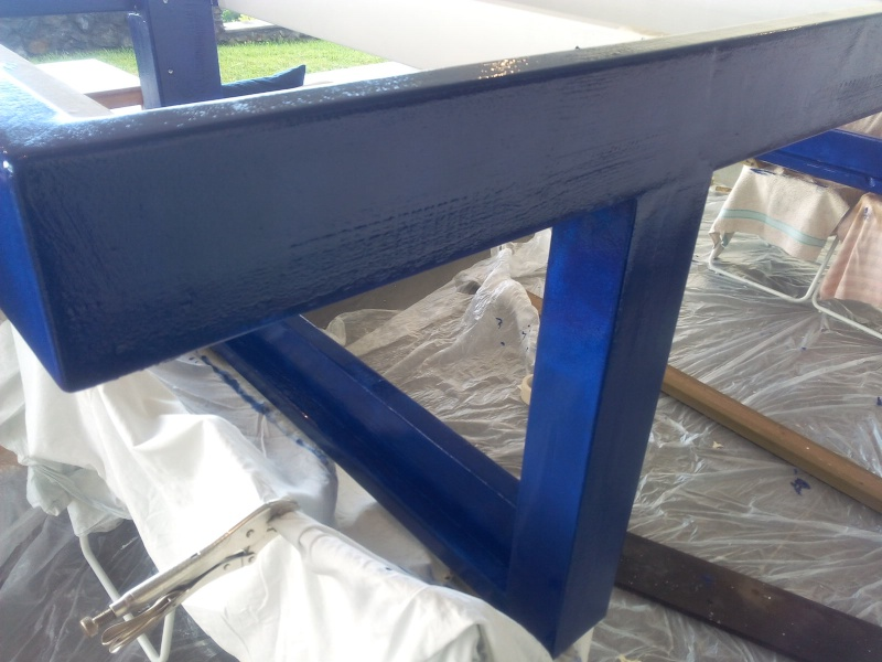 [TERMINE] Fabrication table en bois peint - polycarbonate pour terrasse Img_2061