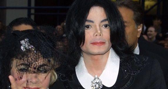 Michael Jackson, ecco perché ha cambiato il suo volto. Immagi10