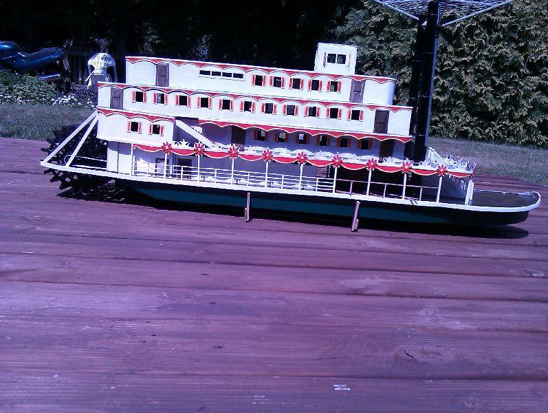 The Pamela3 a scratch built Mississippi sternwheeler Imag1211