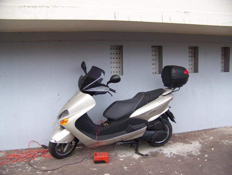 présentation de mon scooter skyliner platinium 125CM3 103_1719