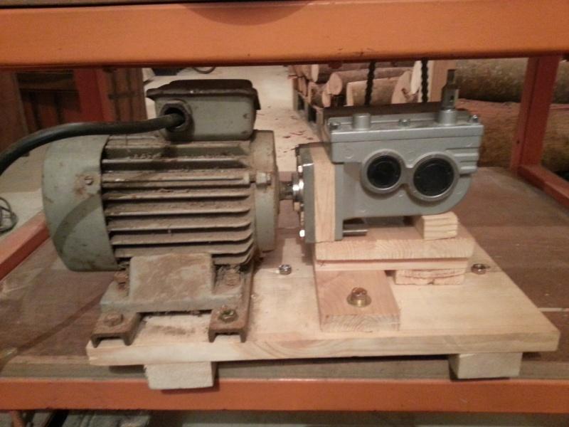 Modification du système d'entrainement du bois sur rabot/dégau - Page 2 20150212