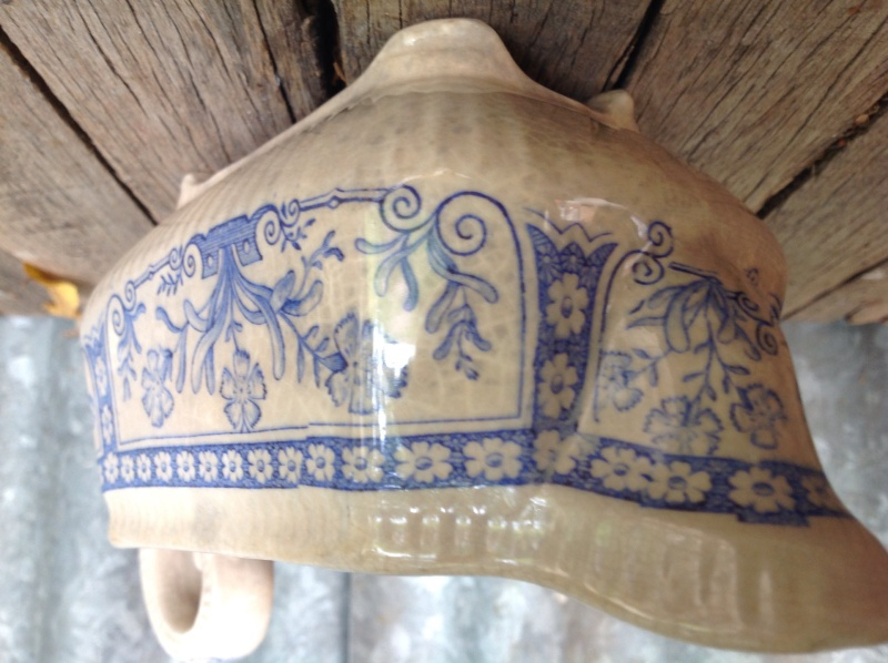 ID help with English 1880's transfer ware gravy boat Image22