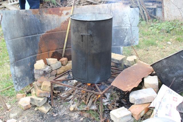 Stérilisation bocaux pâté au feu de bois Img_6114