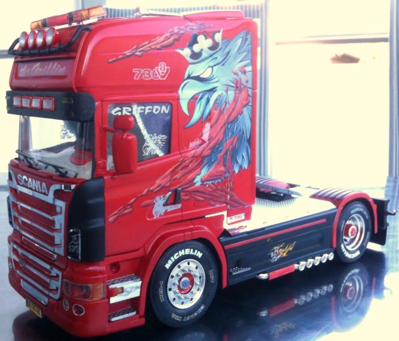 Na dann...  Scania R730 und Scania Black Amber Scania25