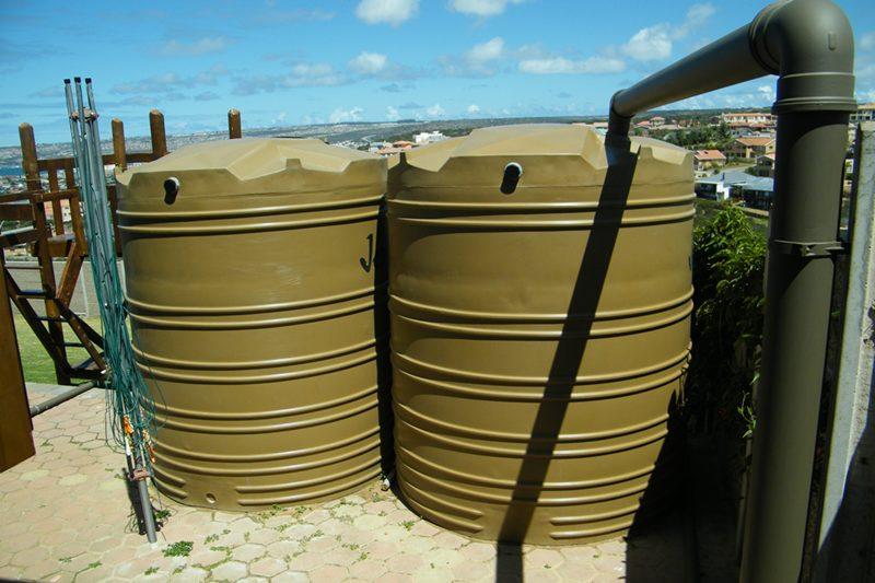 شركة الصفرات لتنظيف الخزانات بالرياض0565107454 Oaai-o11