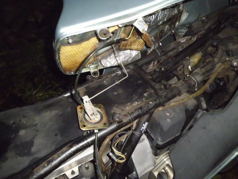 Fuel tank leak on K-100 RT Dsci0011