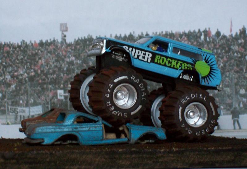 Monster Truck 100_1010