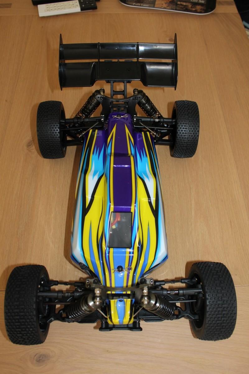 Le buggy 1/8 HK de Manu. Img_3518