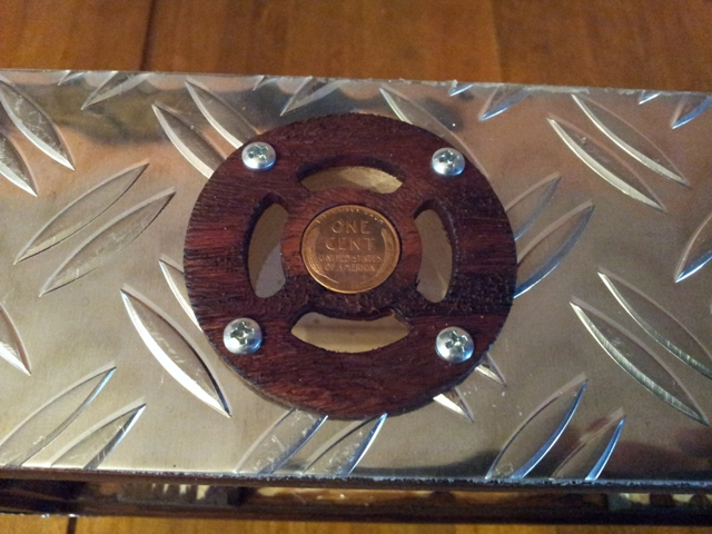 Fabrication « License plate guitar 3 cordes » mode d'emploi 20141118
