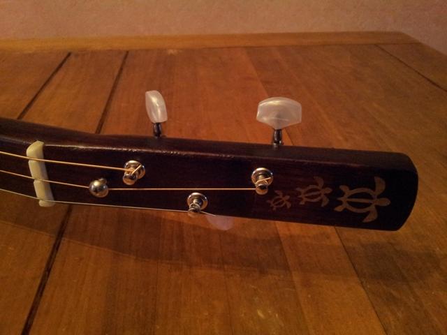 Fabrication « License plate guitar 3 cordes » mode d'emploi (guitare dérivée des CBG) 20150221