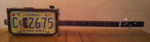 « License plate guitar 3 cordes »  (guitare dérivée des CBG) 20150234