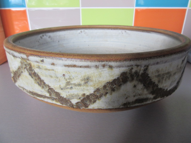 Huge bowl unmarked Img_2112