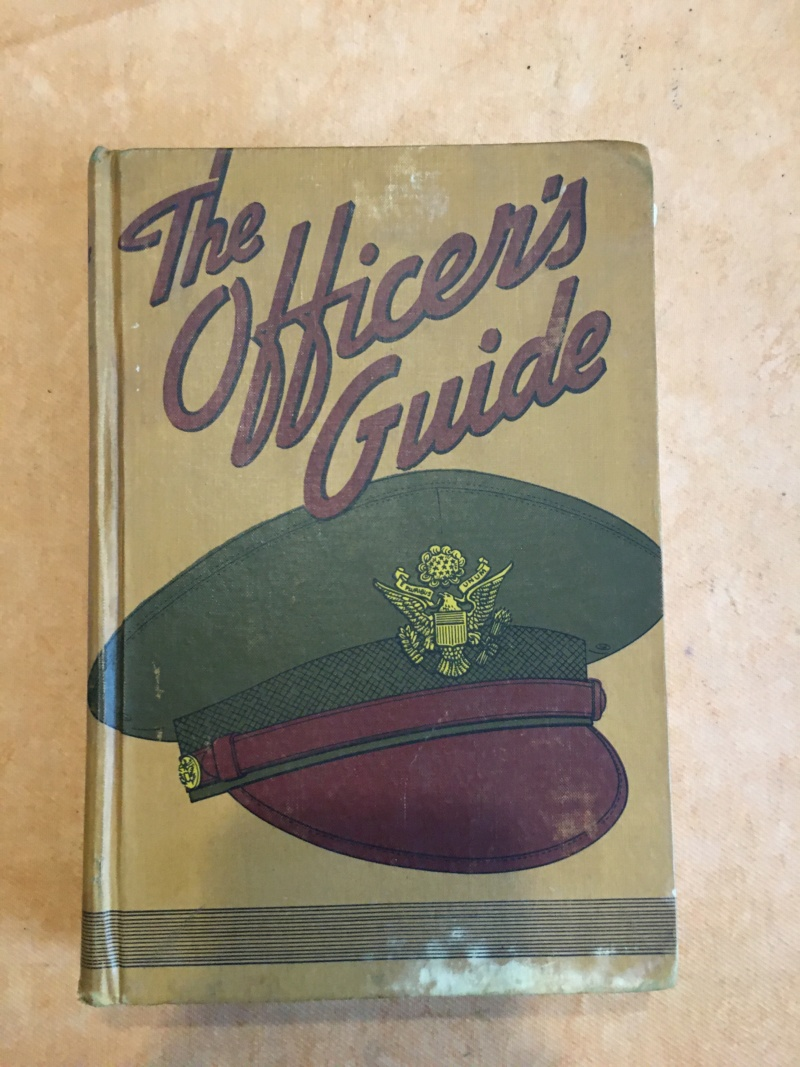 Officer's guide book US WW2 Img_0174