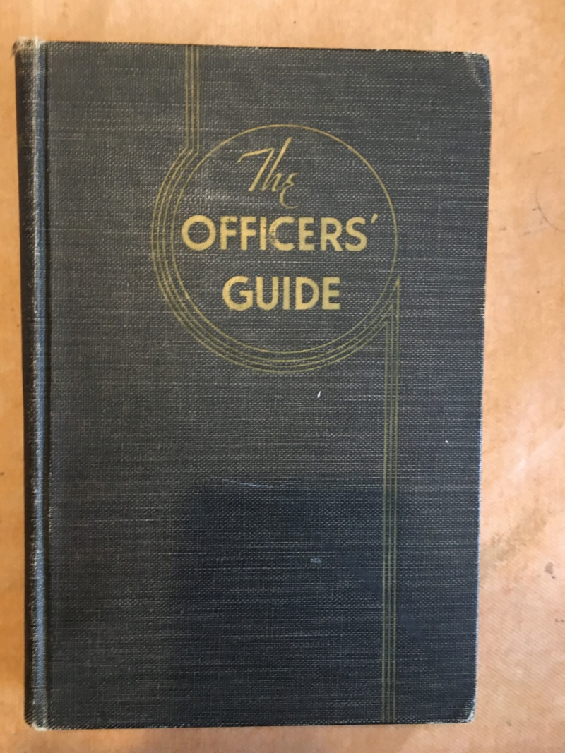Officer's guide book US WW2 Img_0179