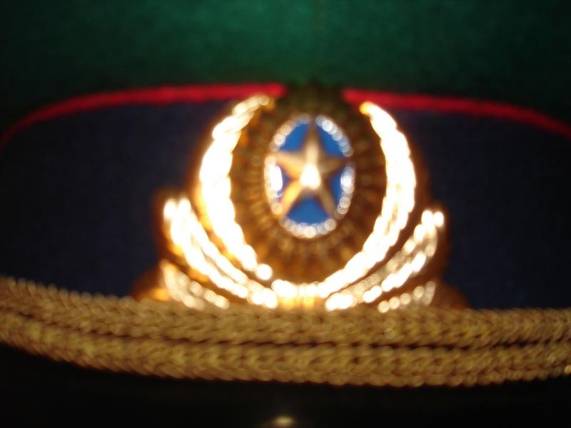 Casquette soviétique Dsc04213