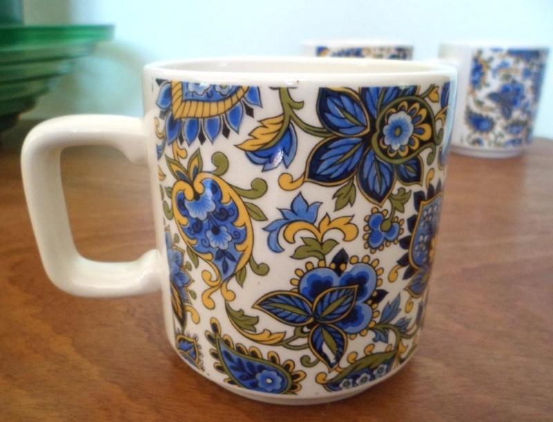 4 Mugs  :) Cups210