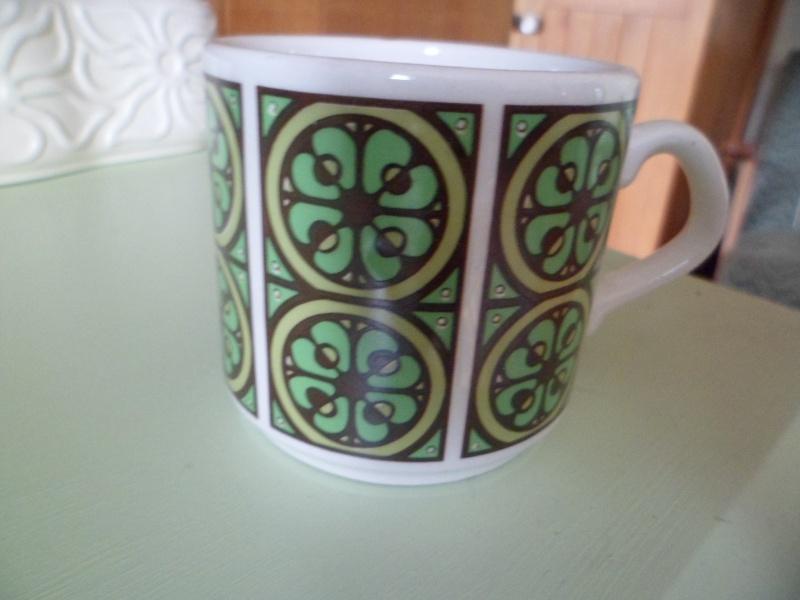 4 Mugs  :) Mug310
