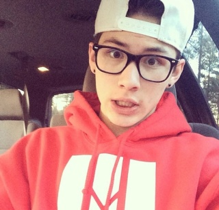 Carter Reynolds Net Worth 2017, Earnings | Salary and Wealth Tumblr10