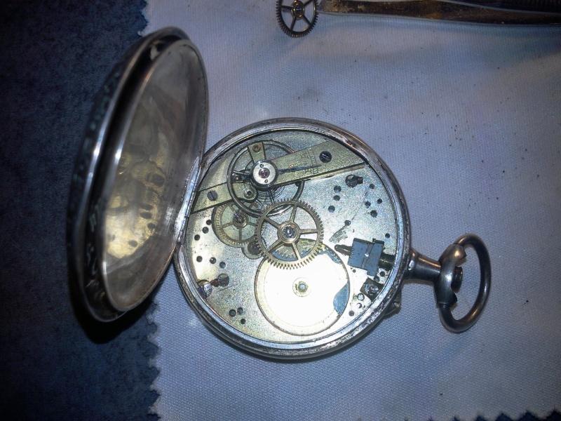Nouvelle Montre a Gousset Cylindre 10 rubis aide Photo016