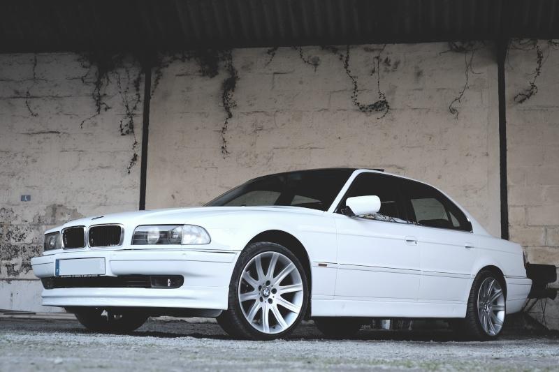 740ia blanche bi-tons de dingo 9a10