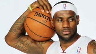 LeBron James Weight and Height, Size | Body measurements Nba_g_10