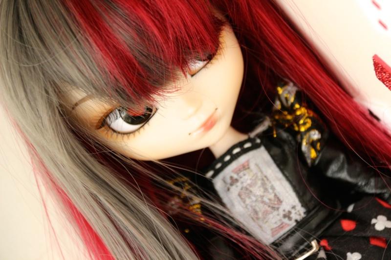Pullip Lonely Queen (Octobre 2010) Img_2612