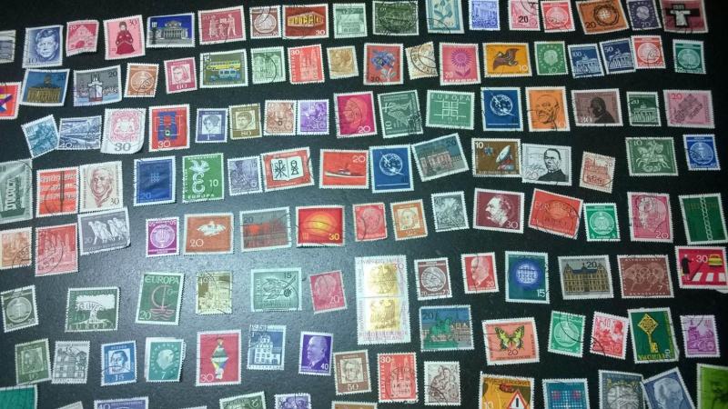 Schätzung Briefmarkensammlung vorrangig 60er Jahre Gesamt12