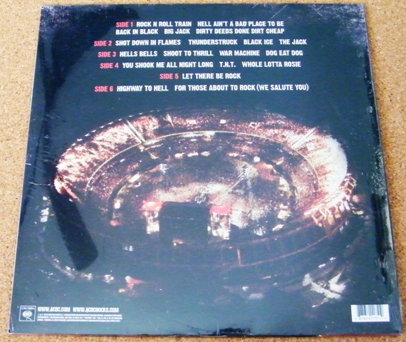 2012 - Live at river plate 2znsch10