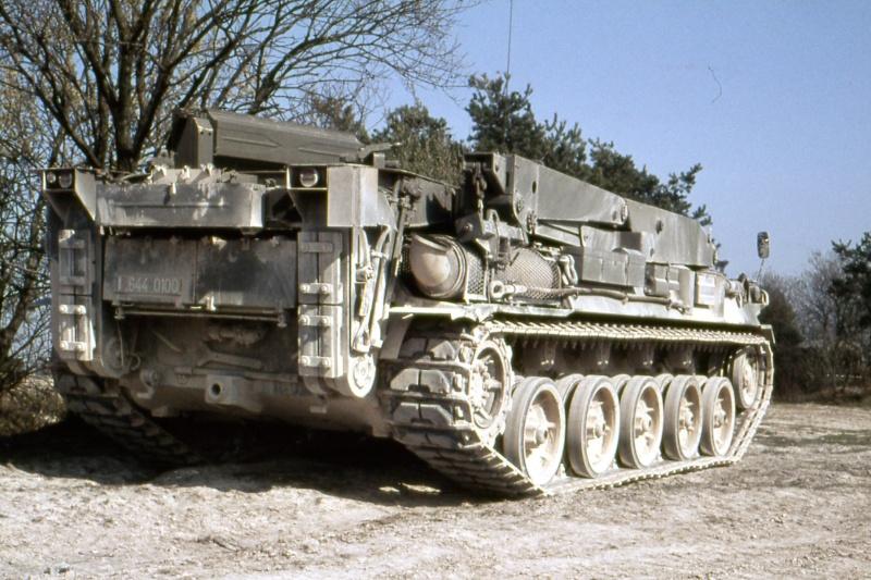 AMX 30 PLUTON - Page 3 Img41210