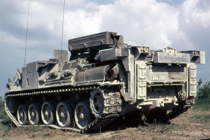 AMX 30 PLUTON - Page 3 Img41310