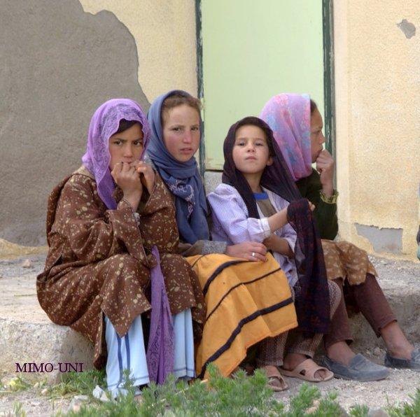 Suivez Mimouni en visite a Ait Hani Ait-ha10