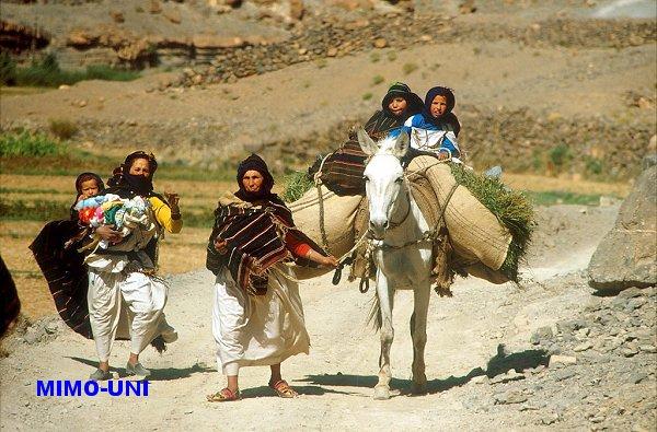 Suivez Mimouni en visite a Ait Hani Aithan11