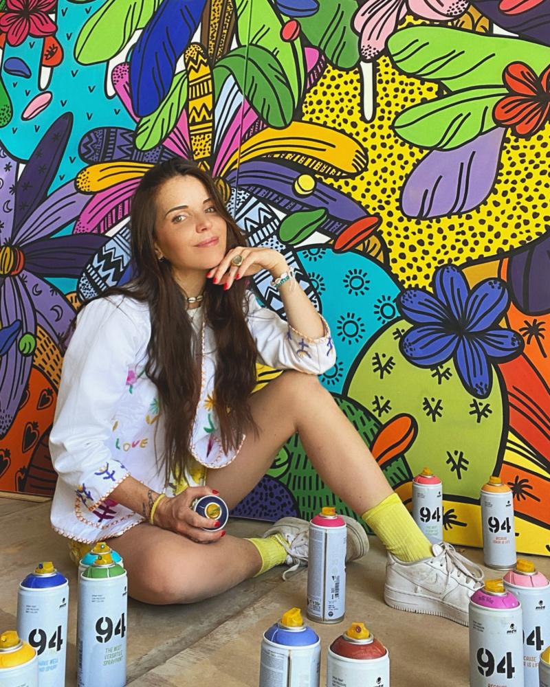 L'artiste contemporaine Leona Rose et ses jungles monochromes et fantastiques. Expo_l12