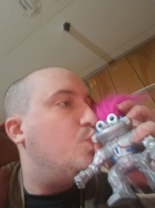 Man, 29, in relationship with robot reveals they plan on getting MARRIED 40341610