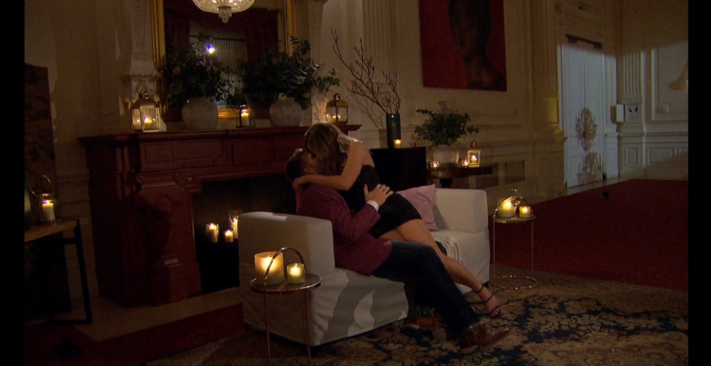 Bachelorette 15 - Hannah Brown - ScreenCaps - *Sleuthing Spoilers* -  - Page 52 6482d410