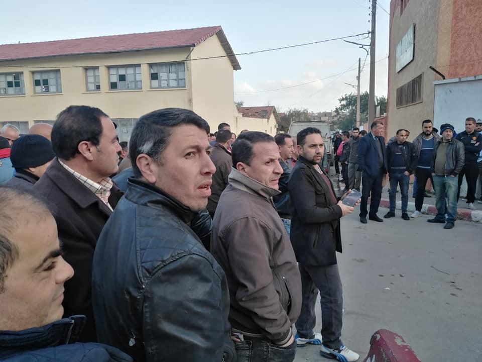 PROTESTATION DEVANT LE SIEGE DE LA DAIRA D'AOKAS LE JEUDI 06 FEVRIER 2020  611