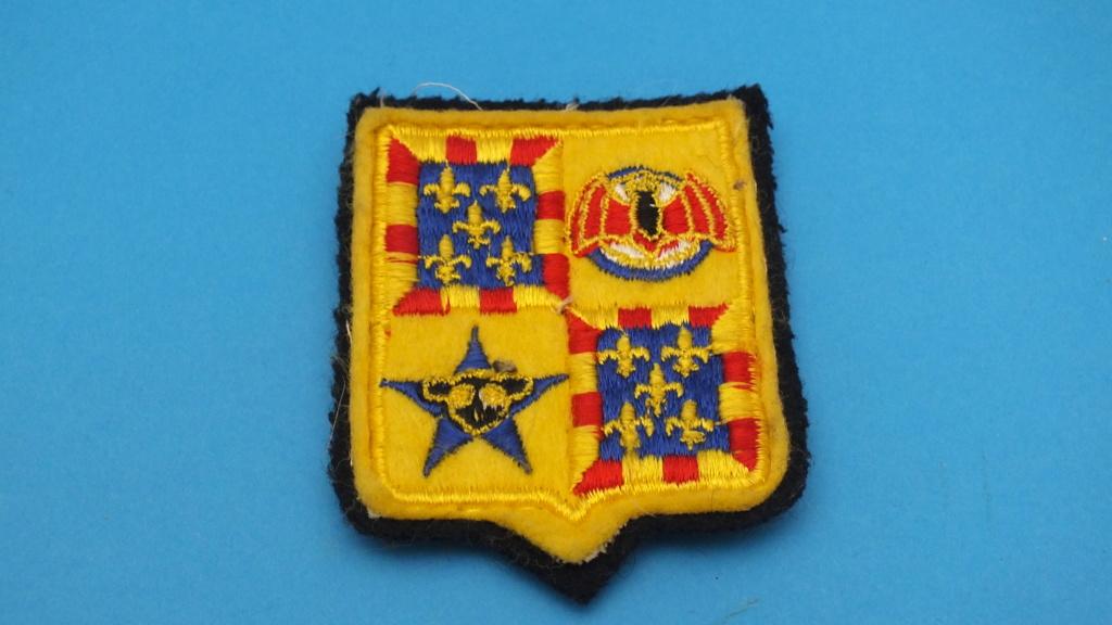 Quelques Patchs originaux et ayant été portés. Dscf3614