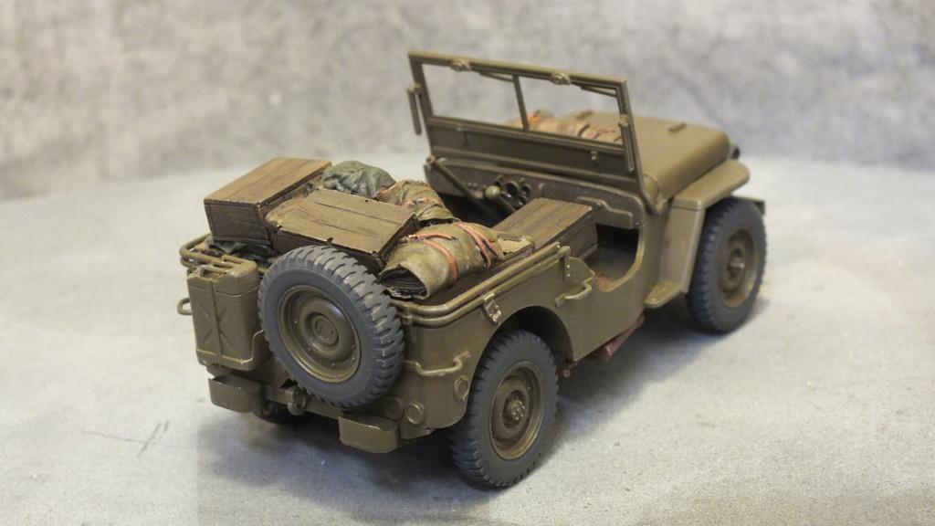 Jeep Willys 1/4 Ton Truck  Tamiya 1/35 réf:35219 Dscf4219