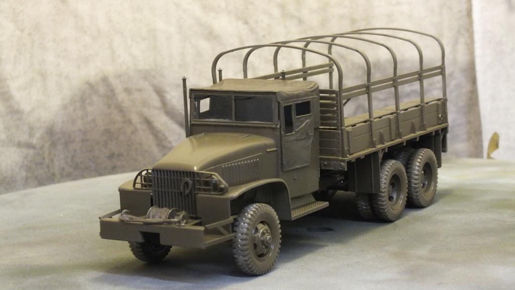 US 2 1/2 Ton 6X6 Cargo Truck Tamiya 35218 avec accessoire 35231 - Page 2 Dscf4312