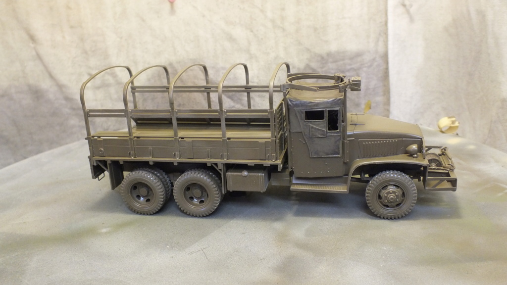 US 2 1/2 Ton 6X6 Cargo Truck Tamiya 35218 avec accessoire 35231 - Page 2 Dscf4315