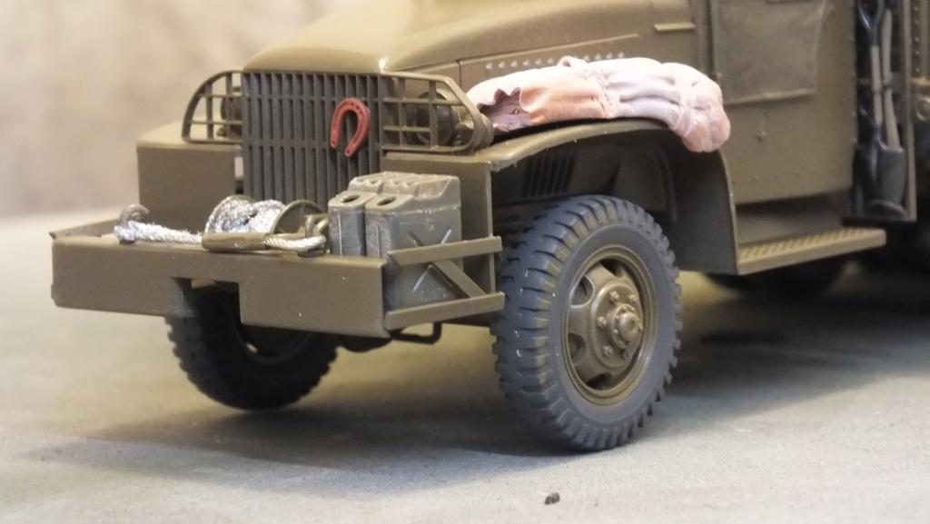 US 2 1/2 Ton 6X6 Cargo Truck Tamiya 35218 avec accessoire 35231 - Page 2 Dscf4326