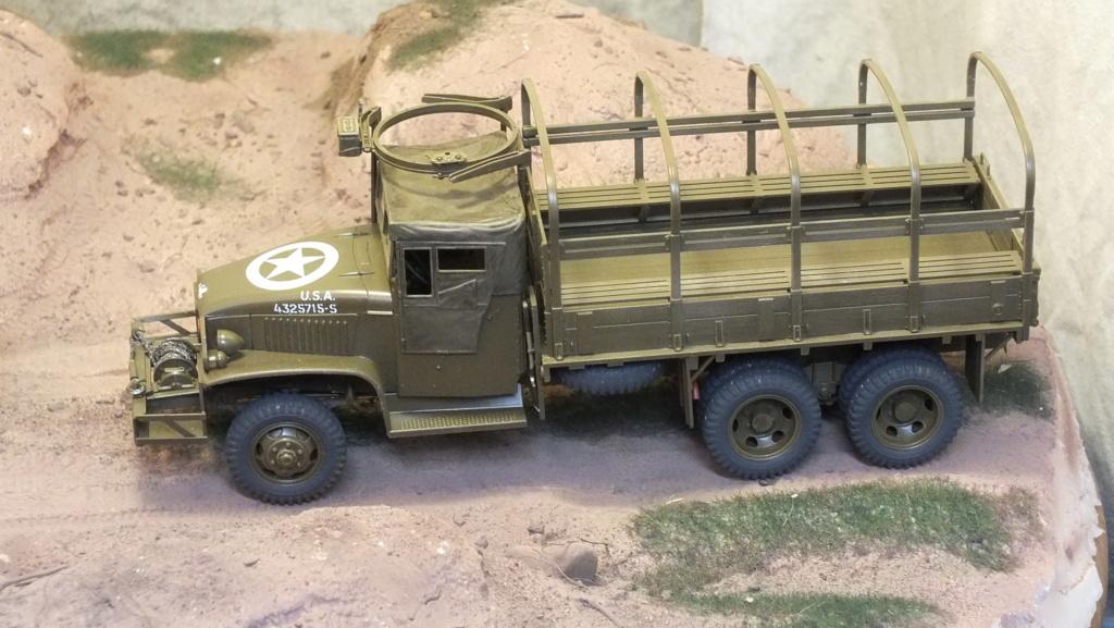 US 2 1/2 Ton 6X6 Cargo Truck Tamiya 35218 avec accessoire 35231 - Page 2 Dscf4339